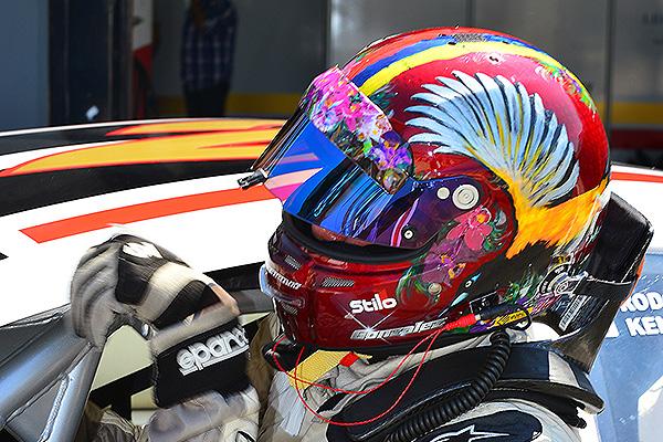 RODOLFO GONZÁLEZ EN SU DEBUT EN II VÁLIDA NASCAR