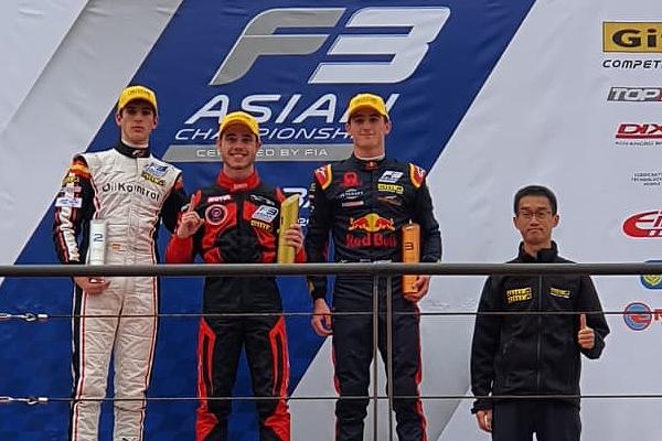 F3 asiática, doble podio de Sebastián Fernández